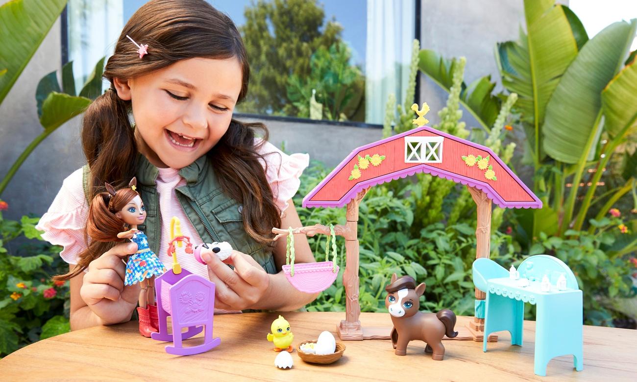 Mattel Enchantimals Żłobek na farmie Zestaw