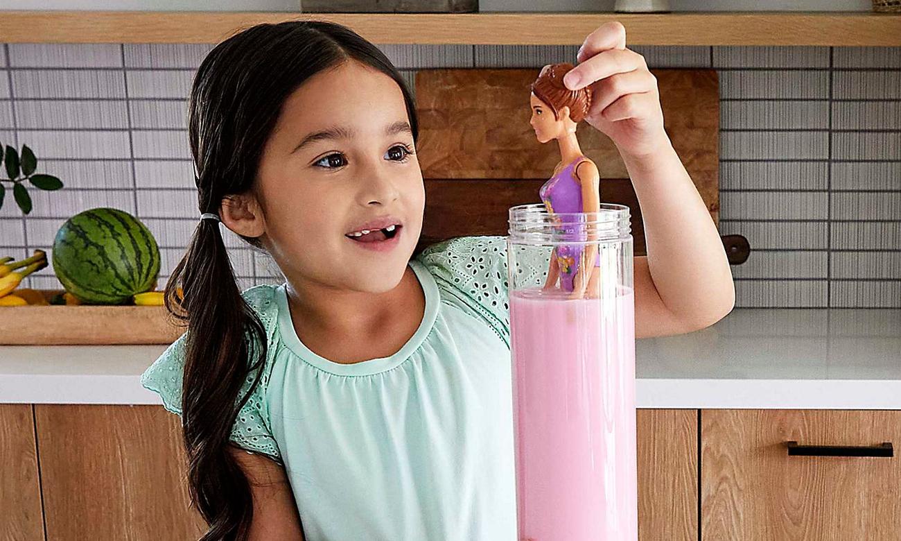 Mattel Barbie Color Reveal Lalka Kolorowa niespodzianka Wakacyjna