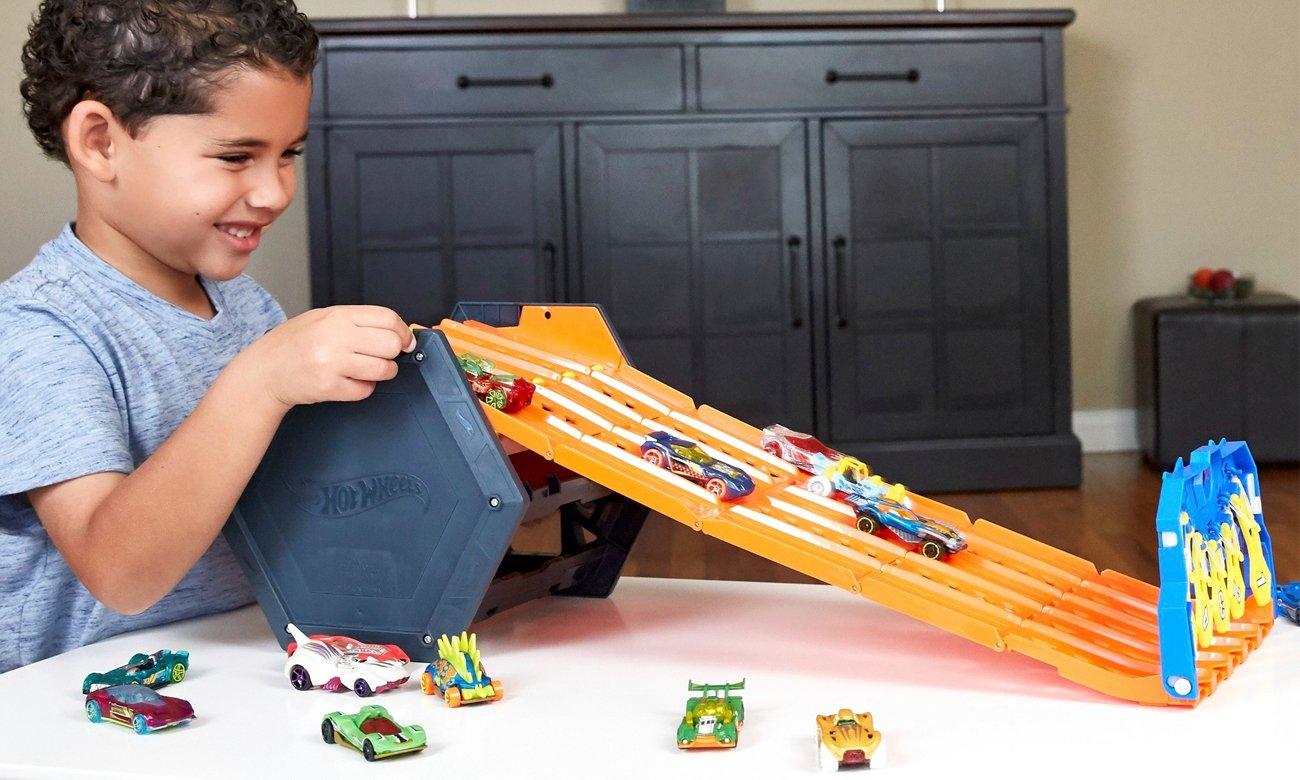 Mattel Hot Wheels Rozwijany tor wyścigowy