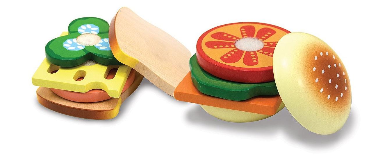 drewniany zestaw do kanapek i krojenia
