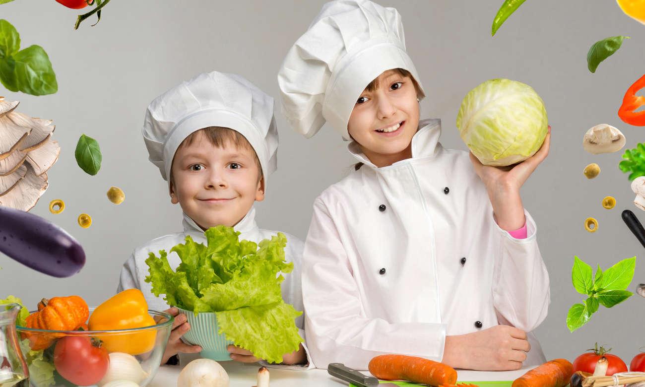 przybory do kuchni dla dzieci z drewna