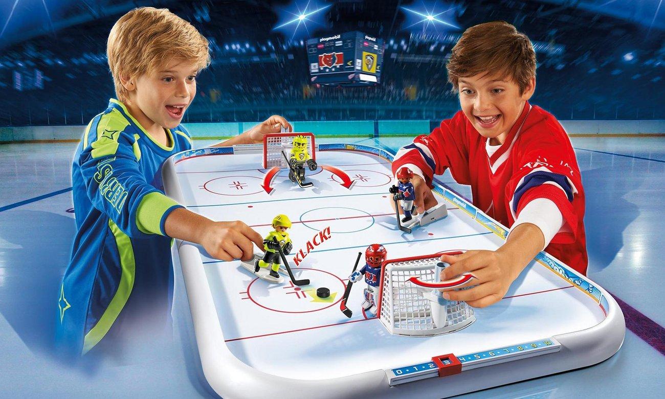 Rozgrywanie meczu na arenie hokejowej PLAYMOBIL®