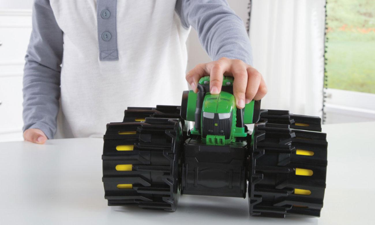 TOMY John Deere Traktor Mega Opony Mini 46711